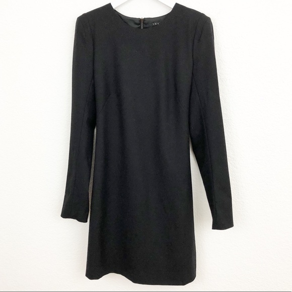 Theory Dresses & Skirts - Theory wool padded shoulder dress